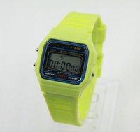 Silicone numérique LED Watch réveil de nouvel étudiant F-91W montres LED Horloge numérique F91W LED montres montre de silicone Mode
