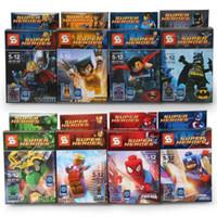 64pcs 4set / серия Супер Герои Мстители Железный человек Халк Бэтмен Росомаха Thor Строительные блоки Устанавливает Minifigurewithout пакет окно