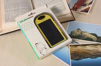 2016 NUEVO 5000mAh 2 USB Batería de reserva del Banco Puerto energía solar cargador externo con la caja al por menor para el teléfono iPhone iPad Samsung Mobile