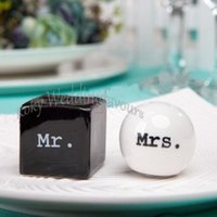 FREE SHIPPING 600pcs=300sets Wholesale Mr. & Mrs. Salt and Pe...