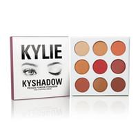 2016 La más nueva sombra de ojo de la borla de la gama de colores de Kylie Jenner de Kyshadow de su sombra de ojo del maquillaje de los sueños DHL libera el envío