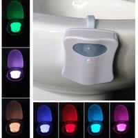 Во главе Датчик движения Туалет Night Light 8 цветов Изменение Унитаз Light Унитаз Light Lid Ванная сиденья veilleuse # 23