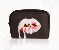 Кайли косметичке Limited Edition Водонепроницаемый День рождения макияж Дженнер Макияж сумка высокого копирования горячий OOA812