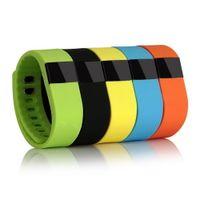 Fitness Activity Tracker tw64 Bluetooth Smartband Bracelet Sport Smart Band santé Wristband Podomètre pour IOS Samsung Android