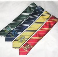 Гарри Поттер Галстук Школа галстуков нашивки связи Хогвартса Галстуки lytherin хаффлпаффец галстук оптовые Гриффиндора Когтевраном с значком KKA513