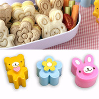 3pcs set Bear Flower Rabbit Sandwich Mold Cutter Bread Biscu...