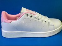 Высокое качество совершенно новый стан обувь моды кузнец кроссовки случайные кожа мужчины женщины спорта кроссовки беговые кроссовки классические туфли аппартаментов