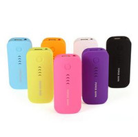 Nouvelle apparence givrée power bank 5600 5600mAh batterie de secours externe de style de plume de la mode rechargeable mobile portable multi-50pcs couleur