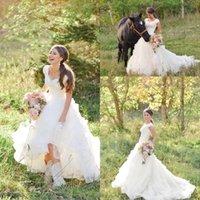 2017 Bohemian Country A-линия Полный Кружева Свадебное платье V шеи Cap рукава Длина пола Свадебные платья