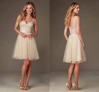 2016 Дешевые Sexy Короткие платья невесты V-образным вырезом Кружева Аппликации Элегантный Summer Beach Mini Backless для свадьбы платья партии