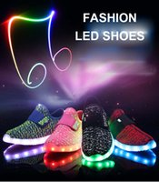 Fashion Kids LED Shoes for Girls and Boys Flash Colorful Lig...