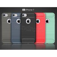 Étui en fibre de carbone TPU pour Iphone 7 6 Plus i5 cas d'armure hybride pour Galaxy S7 bord de s7 antichoc Combo texture revêtement brossé 50pc bon marché