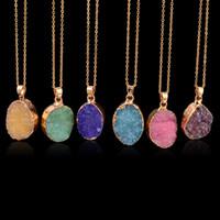 Nouveau cristal de quartz naturel Healing point Chakra Bead Gemstone collier pendentif en pierre de style naturel d'origine Chains Pendentif Colliers Bijoux
