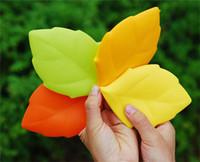 productos de viaje creativo de lavado de silicona portátil taza para hacer gárgaras en viajes de negocios lavo los dientes taza de hojas de arce La forma de la taza para beber