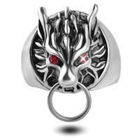 Hommes Wolf Head Ring Cool Argent Anneaux Pour Les Hommes Final Fantasy Biker Rings Gothique Rouge Cystal Yeux Vintage Bijoux Nouvelle Taille 8-11 zj-0903770