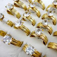 Vente en gros anneau de mariage Femmes Mode de fiançailles en or anniversaire classique zircon cubique en acier inoxydable Anneaux Femme Bijoux LR388