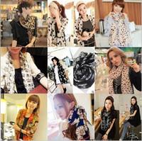 Fashion Neckerchief Retro Print Scarf Neck Shawl Wrap Silk S...