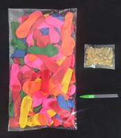 Globos de agua caliente magia de los globos packs de relleno fuerte anillo de goma con la herramienta de 1bag = 111 globos del globo de agua Kit de recarga