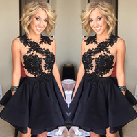 2016 Black Lace Applique Cocktail Dresses Crew Neck Sleevele...