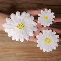 Wholesale Embroidered Applique Daisy Patches Clothes Dress S...