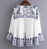 Estilo europeu Outono mulheres novas azul casacos de linho bordados, moda solto branco LACE-UP, jaqueta curta, casacos de alta qualidade mulheres casuais