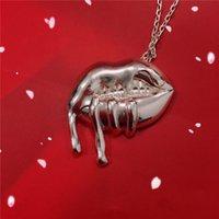 Nouveau cadeau d'anniversaire de forme de bouche de bouffon de collier de Kylie Jenner du collier de Kylie Jenner pour la réunion d'amis de partie Livraison gratuite chaude d'alina