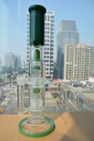 Nouveaux bongs verts Vert avec double stéréo Matrix percs grand tuyau d'eau avec joint de 18 mm