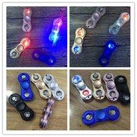 Светодиодная ручка Spinner Metal Fidget Spinner DHL Fingerertip Gyro Tri-Spinner Ручной вертушечный механизм Игрушка для декомпрессии EDC 5 цветов