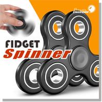 2017 Fidget Spinner plus récent Spinner main Tri Fidget Céramique Ball Desk Focus jouet EDC pour le temps de tuer pour les enfants Adultes via DHL