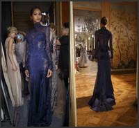 2017 Новый Zuhair Murad высокого шеи кружева вечерние платья с длинным рукавом See-через бусины Аппликации выпускного вечера знаменитости платья на заказ темно-синий