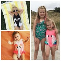 3 Diseños 3 Color Girls INS Flamingo One-Pieces Swimsuit Niños Cartoon INS Swan Parrot Sling Baby Swimming Beachwear CCA5694 30pcs
