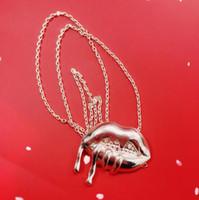 Kylie Jenner Collier Or Couleur LIP Bouche Forme Anniversaire Cadeau de Noël pour fête Amis Colliers Pour Femmes Bon avec Kyshadow