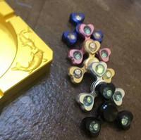5 cores de liga de alumínio LED Spinner Fingertips dedos espirais Gyro Torqbar Fidget Spinner ganho de ansiedade de descompressão CCA5880 60pcs