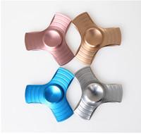 Spinner à main spinner à main spinner fessier fantaisie Matériel en alliage de zinc EDC Tri-Spinner ensemble de cadeaux jouets fidget