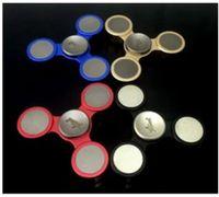 2017 Étoiles Aluminium Tri-Bar Spinner à main Fidget Toy Usinage de précision CNC Aluminium en laiton / SS Matériau fissure spinner Jouet Adultes et enfants