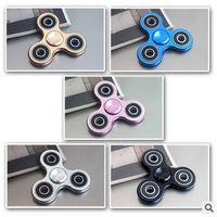 6 cores Upgrades Metal novo Fidget Spinner Fingertip Gyro Fidget Spinner brinquedos de ansiedade de descompressão com caixa de varejo CCA5882 100pcs