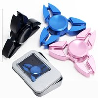 Hot Selling EDC Toys Triangulaire Spinner à main orqbar Metal Professionnel Fidget Spinner Autisme et ADHD Hand Spinner