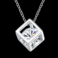 International fashion jewelry necklace and Zircon Pendant pe...