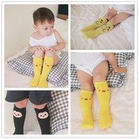 Novo bonito Pikachu bebê meias modelo Alto grau meias tubo em crianças meias antiderrapantes algodão respirável crianças meias B0910