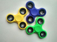 New Triangle Fidget Spinner EDC Hand Spinners Toys Finger Tips Décompression Jouet Gyro Anxiété à bon prix