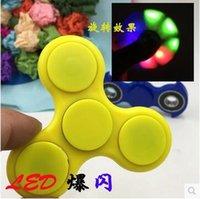 2 cores luzes do diodo emissor de luz Fidget Spinner Spinner mão luminosa ABS HandSpinner Fingertips dedos espirais Gyro brilho dedo brinquedo CCA5885 100pcs