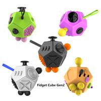 Vente en gros holly cristal fidget cube cube magique anti stress cadeaux génération 2 stress soulagement pression facile de vente au détail emballage
