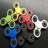6 Color EDC Fidget Spinner Juguete Spinner mano Tri Spinner HandSpinner para el juguete de ansiedad de descompresión con la caja al por menor CCA5650 1000pcs