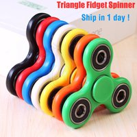 Factory Outlet Fidget Spinner Toys Hand Spinners Top Acrylique ABS EDC Spiral Triangle Finger Tip Decompression Anxiété Rollover Peluche Toy DHL
