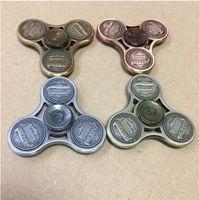 4 colores de aleación de zinc metal tri-spinner fidget juguete mano spinner moneda de los Estados Unidos decorar Fidget spinner para el autismo anti estrés juguete CCA5951 60pcs