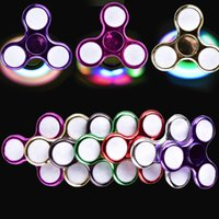 NOUVEAU LED Electroplate Fidget Spinner + Switch EDC Spinner à la main Décompression Toy Autisme et ADHD Relief Focus Anxiety Stress OTH441