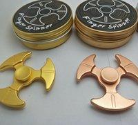 Triangle Axe Shape Hand Spinner Jouet à doigts en métal Bon pour l'autisme Chirldren Fidget Spinners Jouets Spinning Top avec emballage de détail OOA1495