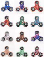 2017 dernier fouet spinner Color Camouflage Spinner à main Plastique EDC pour Autisme et ADHD Jouets pour enfants Tri-Spinner Fidget Toy HandSpinner