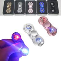 LED Hand Spinner Metal Fidget Spinner Finger Fingertip Gyro Tri-Spinner Handspinner Fidget Toys EDC Decompression Toy 5 couleurs OTH367