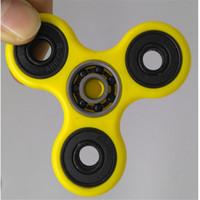 Fidget Spinner Spinner de mano Tri Fidget Balón de cerámica de escritorio Focus Toy EDC para matar el tiempo para niños Adultos